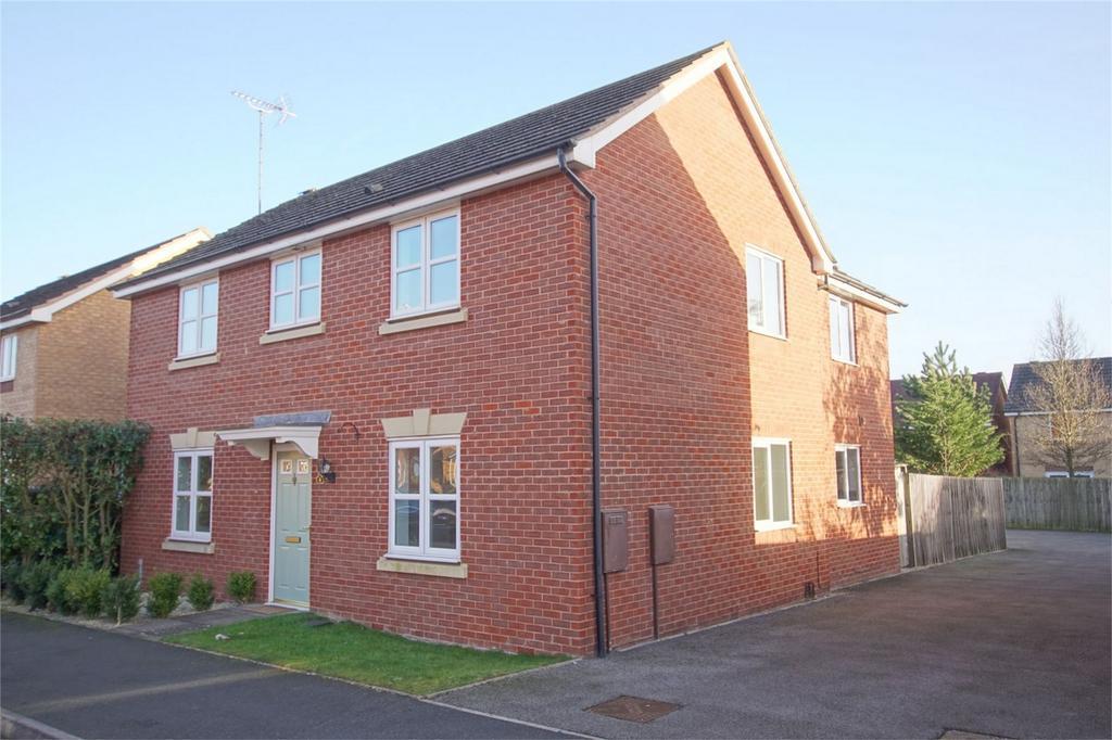 4 Bedrooms Detached House for sale in Farzens Avenue, Chase Meadow, Warwick