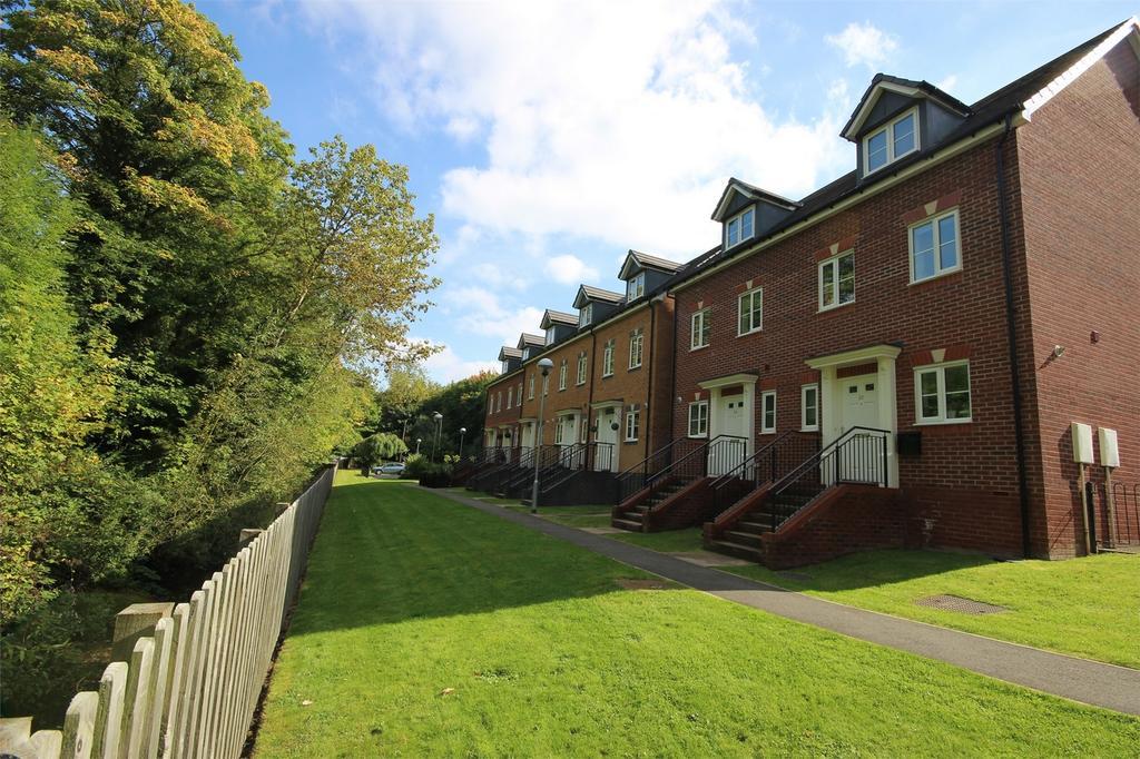 4 Bedrooms Semi Detached House for sale in 26 Clancey Way, HALESOWEN, West Midlands