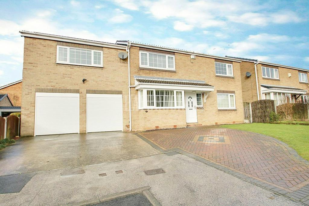 4 Bedrooms Detached House for sale in Fretwell Close, Maltby