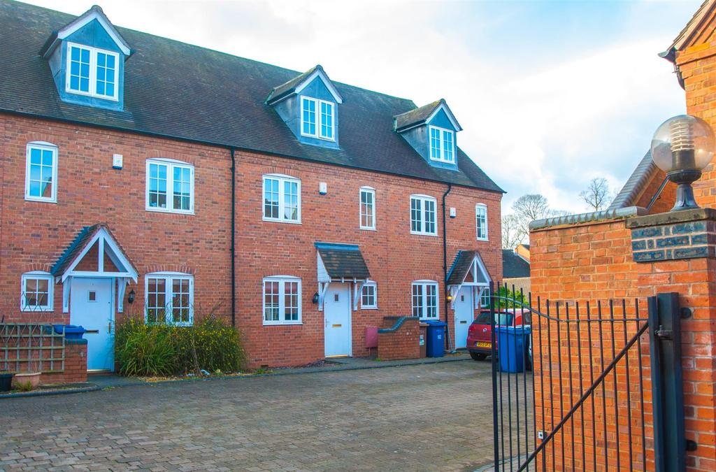 3 Bedrooms House for sale in Swan Road, Lichfield