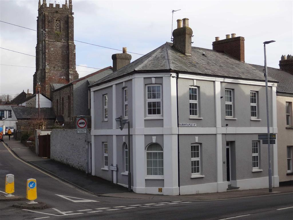 4 Bedrooms Semi Detached House for sale in Barnstaple Street, South Molton, Devon, EX36