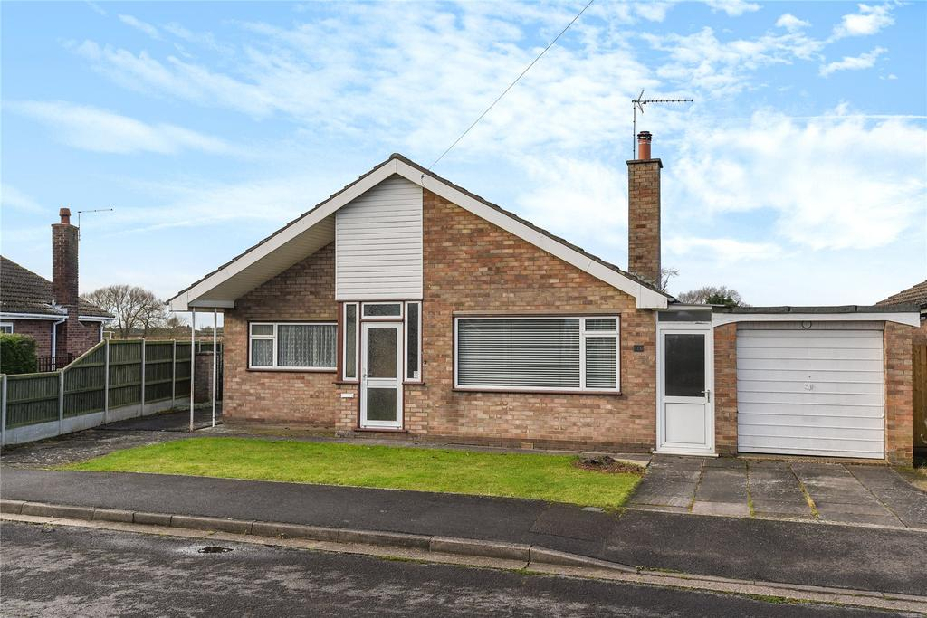 2 Bedrooms Detached Bungalow for sale in St Michaels Close, Billinghay, LN4