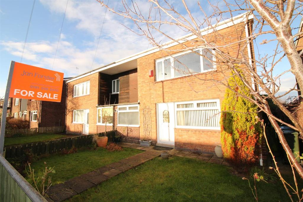 3 Bedrooms Semi Detached House for sale in Rydal Road, Gosforth, Newcastle Upon Tyne