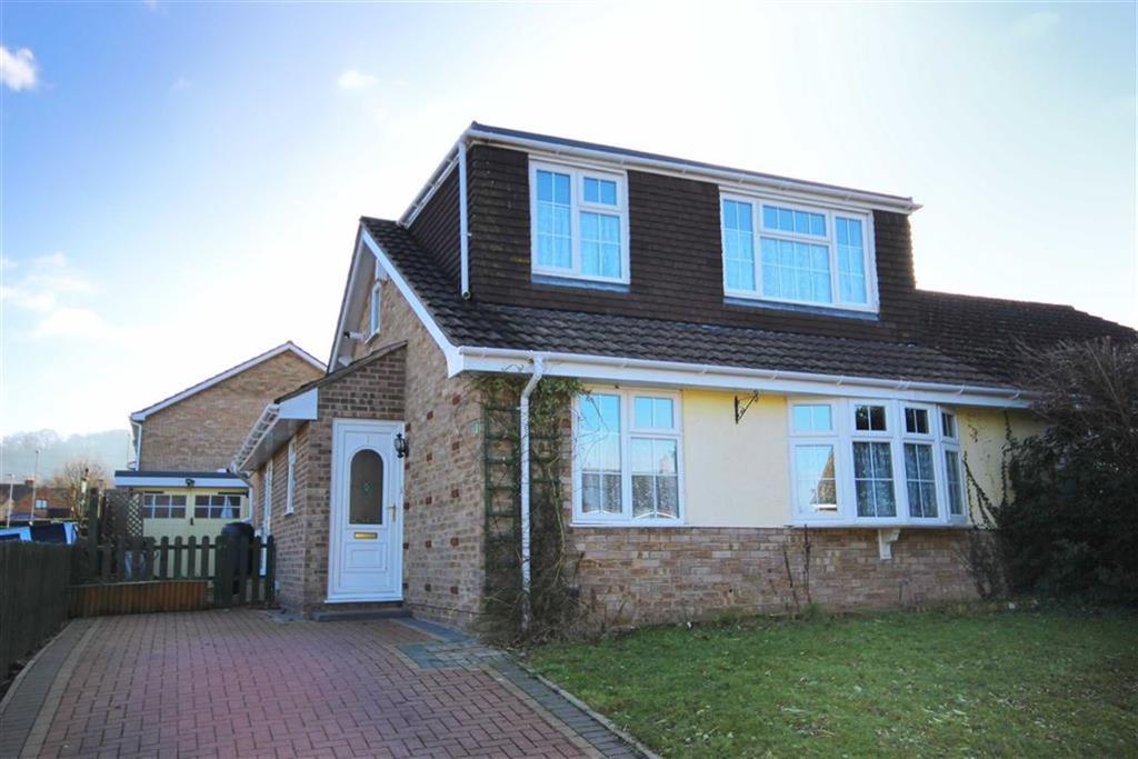 3 Bedrooms Chalet House for sale in Lawn Crescent, Shurdington, Cheltenham, GL51