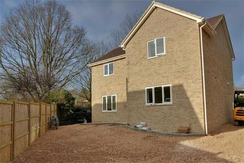 4 bedroom detached house for sale - The Beagles, Cashes Green, Gloucestershire