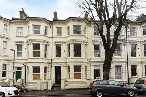 3 bedroom flat for sale - Buckingham Road Brighton East Sussex BN1