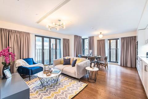 3 bedroom apartment to rent - Richmond Buildings, Soho, W1D