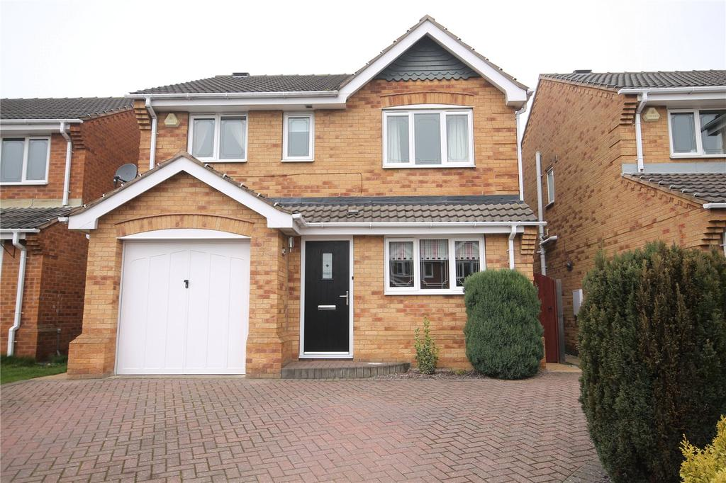 4 Bedrooms Detached House for sale in Long Acre, Carlton, Barnsley, S71