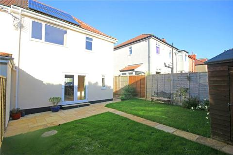 3 bedroom semi-detached house to rent - Stadium Road, Henleaze, Bristol, BS6