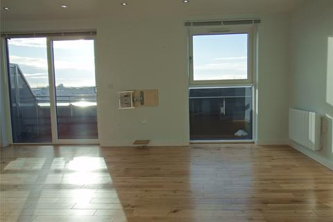 3 bedroom flat to rent - Tate House, New York Road, Leeds, West Yorkshire, LS2