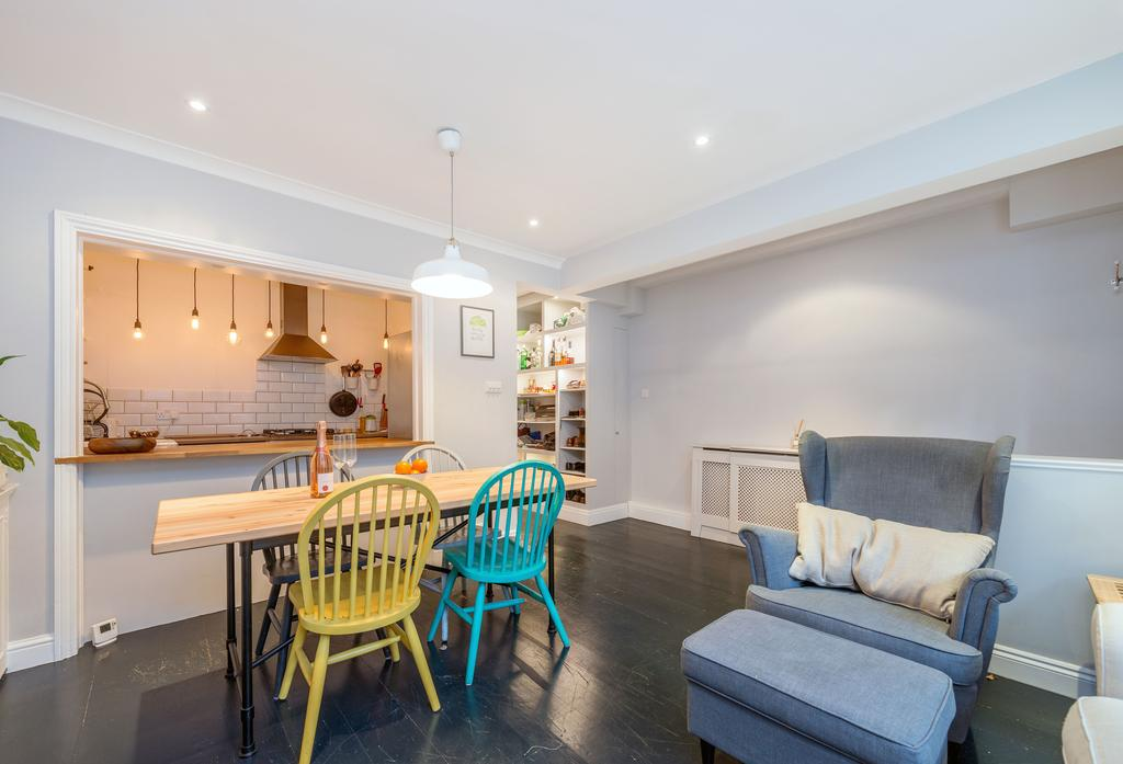 2 Bedrooms Flat for sale in Turneville Road, W14