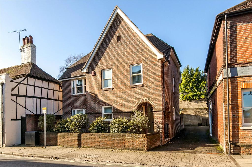 3 Bedrooms Detached House for sale in St. Cross Road, Winchester, Hampshire, SO23