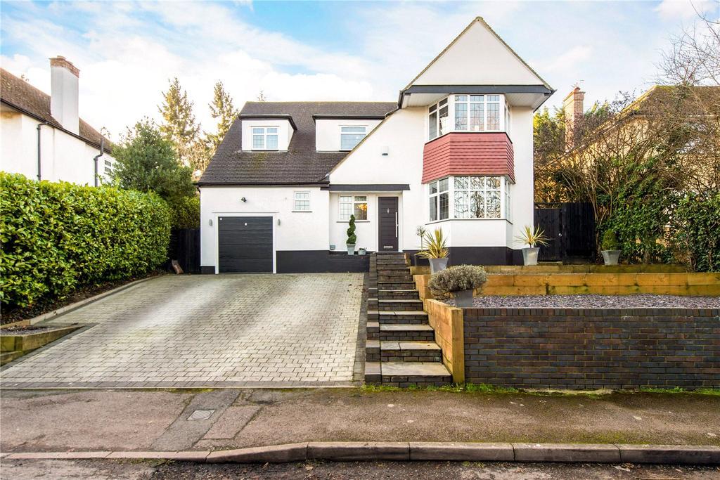 4 Bedrooms Detached House for sale in Moor Lane, Rickmansworth, Hertfordshire, WD3