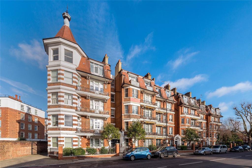 3 Bedrooms Apartment Flat for sale in Ashburnham Mansions, Ashburnham Road, London, SW10