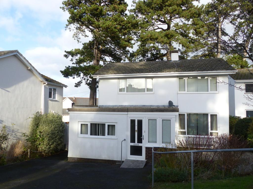 4 Bedrooms Detached House for sale in Courtenay Gardens, Wolborough Hill