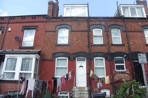 2 bedroom terraced house to rent - Bayswater Place - Harehills