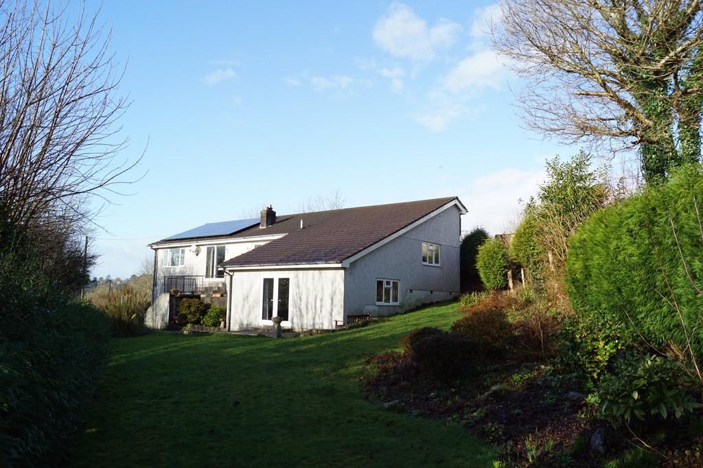 3 Bedrooms Detached Bungalow for sale in Calstock