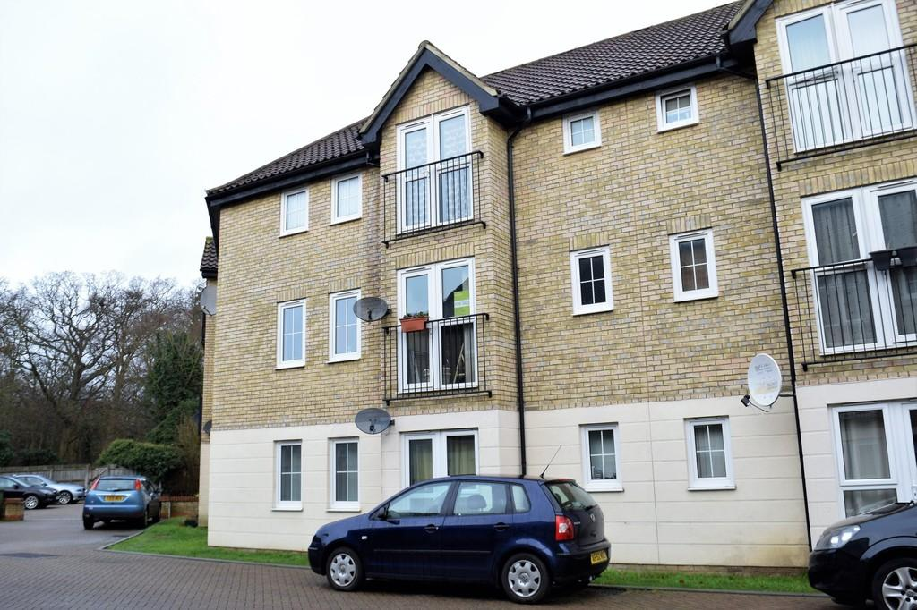 2 Bedrooms Apartment Flat for sale in Spindle Drive, Thetford