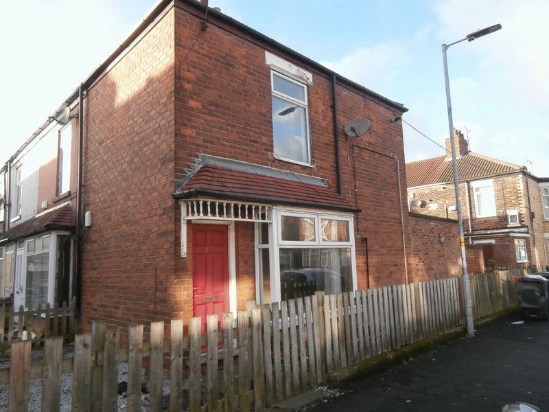 2 Bedrooms Terraced House for sale in Gloucester Street, Hull