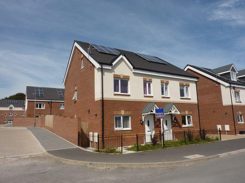 3 Bedrooms Semi Detached House for rent in Highland Avenue Bryncethin Bridgend CF32 9YH