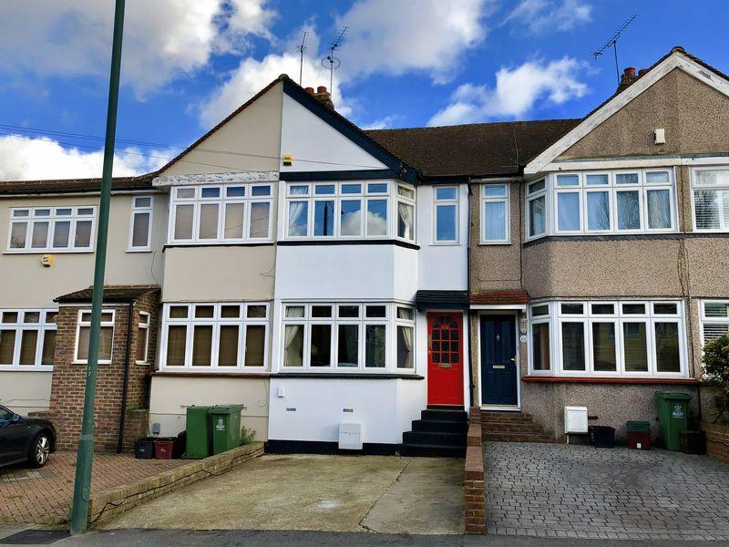 2 Bedrooms Terraced House for sale in Murchison Avenue, Bexley