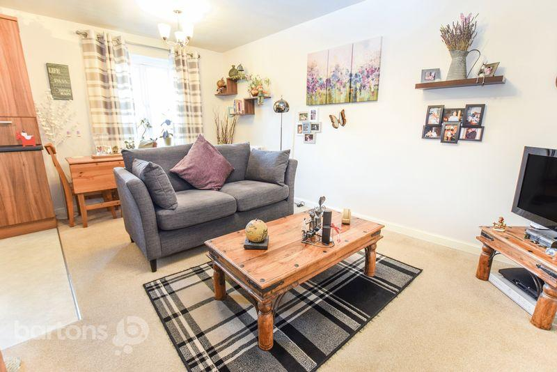 1 Bedroom Apartment Flat for sale in Long Meadows, Bramley