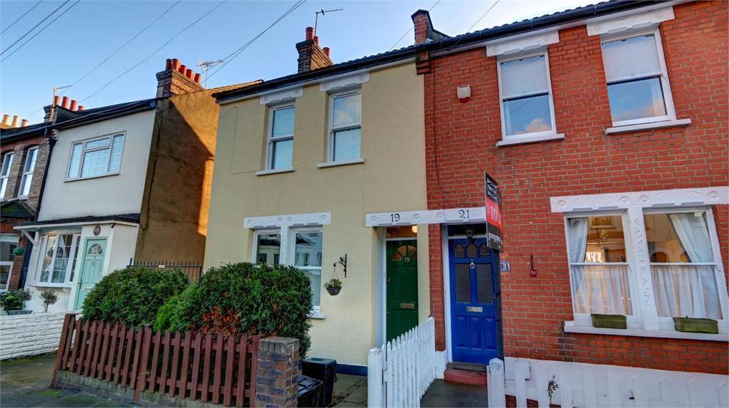 2 Bedrooms Semi Detached House for sale in Liddon Road, Bickley, Bromley, Kent