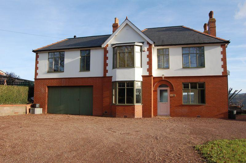 5 Bedrooms Detached House for sale in Hereford Road, Monmouth