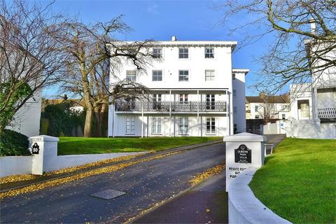 2 bedroom flat to rent - West Drive, BRIGHTON, BN2