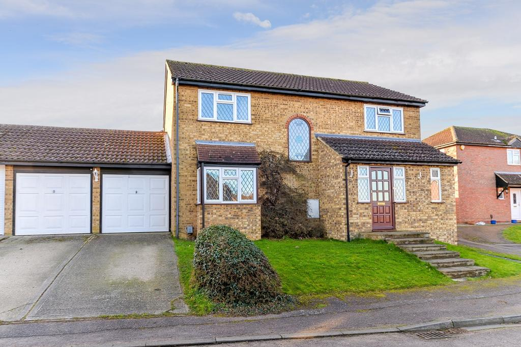 5 Bedrooms Detached House for sale in Pennine Rise, Flitwick, MK45
