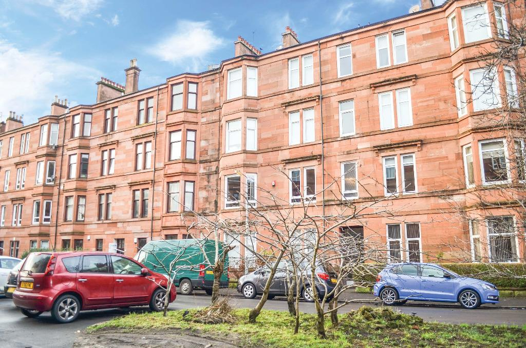 2 Bedrooms Flat for sale in Arundel Drive , Flat 1/2, Battlefield , Glasgow , G42 9RF