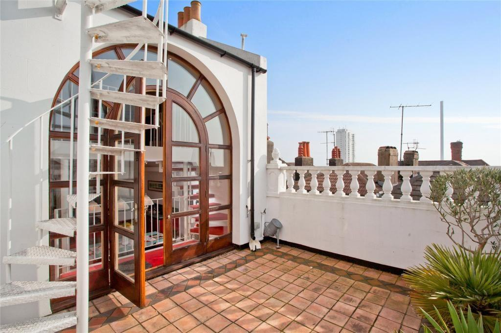 3 Bedrooms Terraced House for sale in Clifton Place, Brighton, BN1
