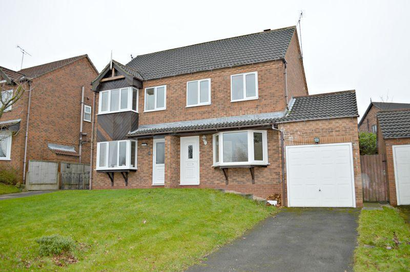 3 Bedrooms Semi Detached House for sale in Sharpe Close, Barton-Upon-Humber