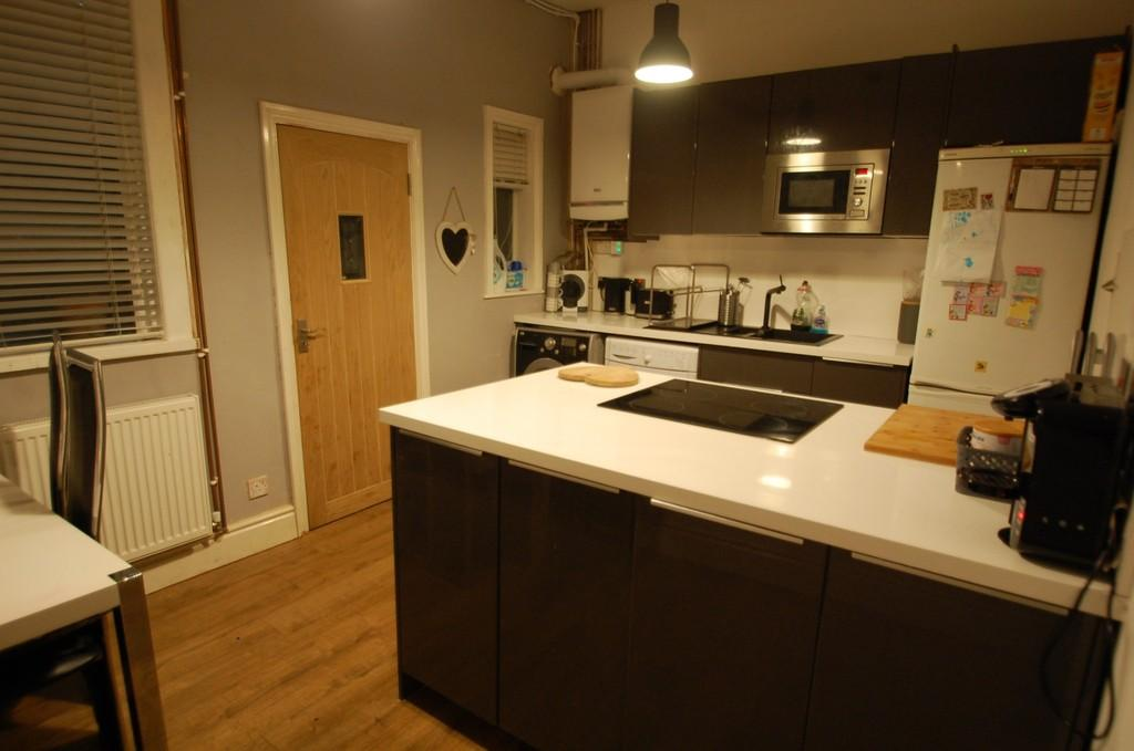 2 Bedrooms Terraced House for sale in Cavendish Place, Griffin, Blackburn