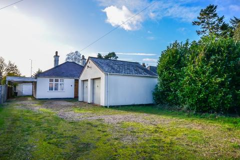 2 bedroom detached bungalow for sale - Cambridge Road, Girton