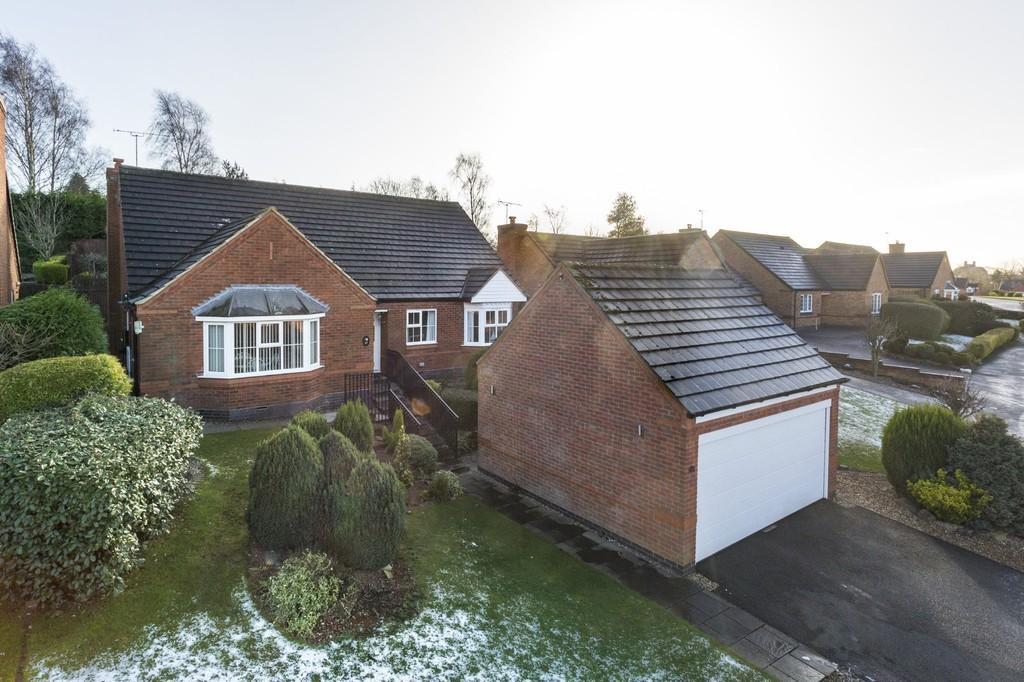 3 Bedrooms Detached Bungalow for sale in Wetherel Road, Burton-on-Trent