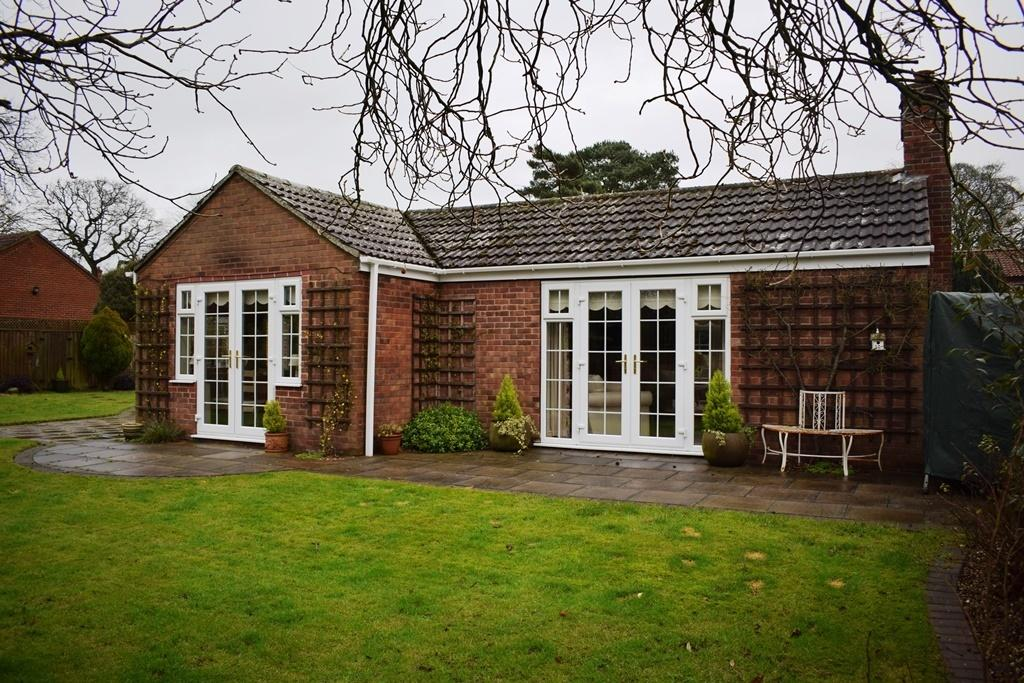 2 Bedrooms Detached Bungalow for sale in Woodside, Walesby Road, Market Rasen