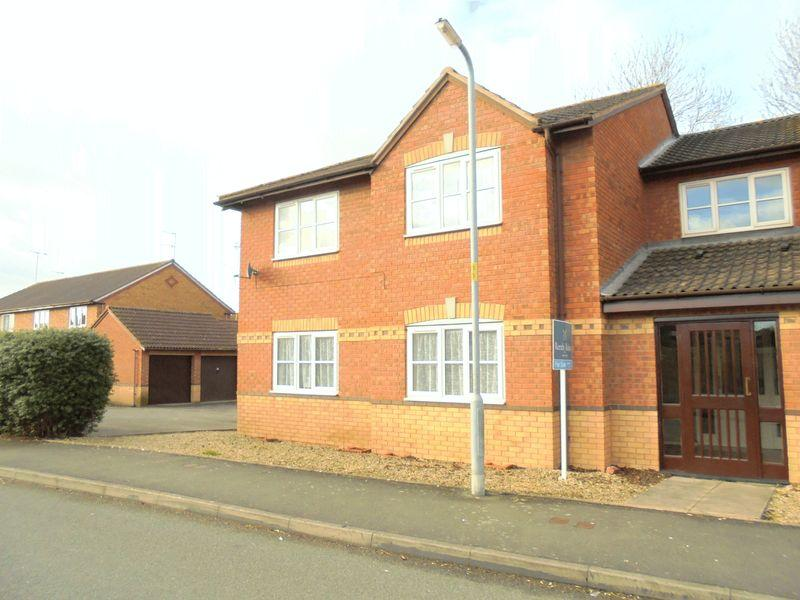 1 Bedroom Apartment Flat for sale in St Patricks Close, Evesham