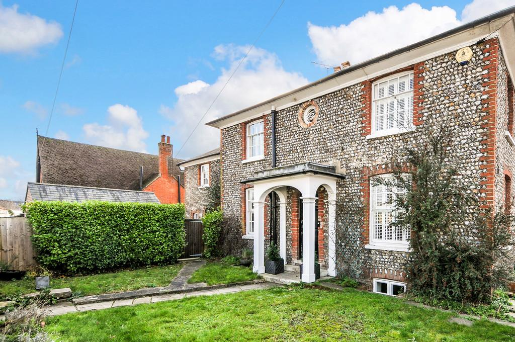 4 Bedrooms Cottage House for sale in St. Pauls Road, Chichester