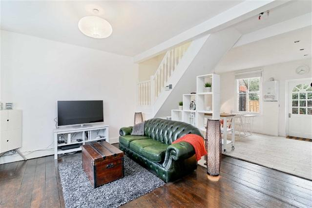 2 Bedrooms House for sale in Woodlands Road, Leytonstone