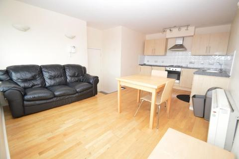 2 bedroom apartment to rent - Calderwood Street, London, SE18