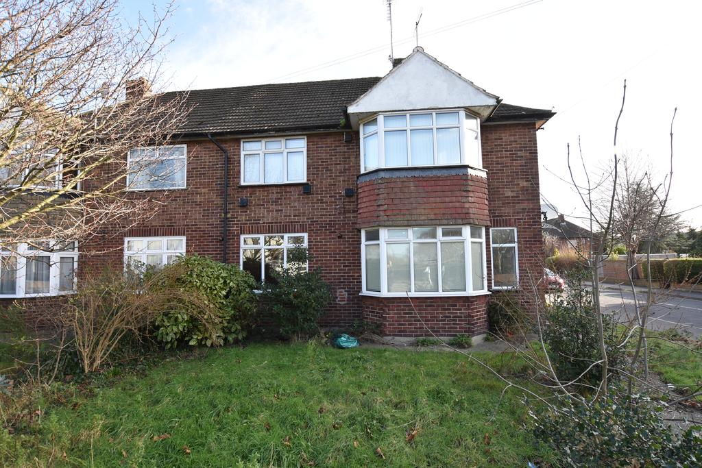 2 Bedrooms Flat for sale in Hounslow Road, Feltham