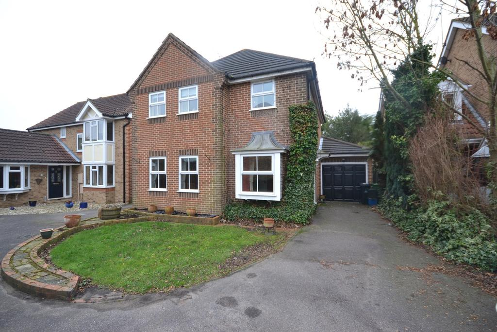 4 Bedrooms Detached House for sale in Conyer Close, Maldon, CM9