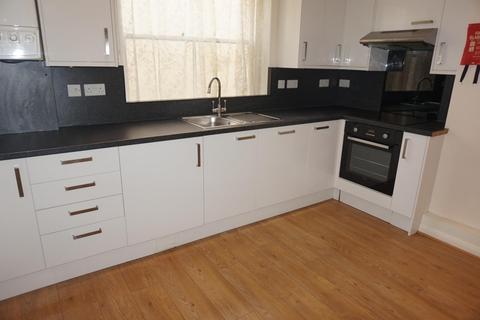 2 bedroom flat to rent - Paston Place, BRIGHTON BN2