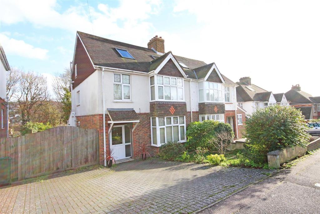 5 Bedrooms Semi Detached House for sale in Overhill Drive, Patcham, Brighton