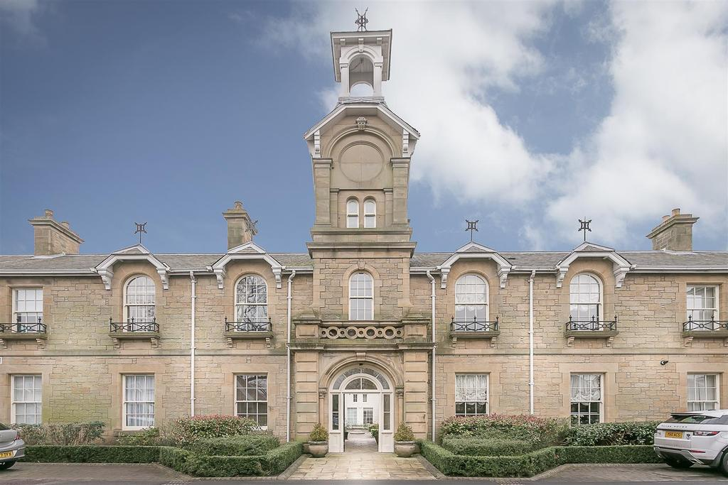 2 Bedrooms Flat for sale in Lanesborough Court, Gosforth, Newcastle upon Tyne