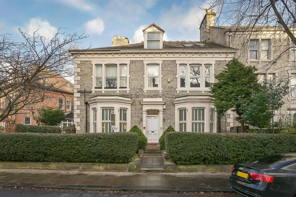 2 Bedrooms Flat for sale in Granville Road, Jesmond, Newcastle upon Tyne