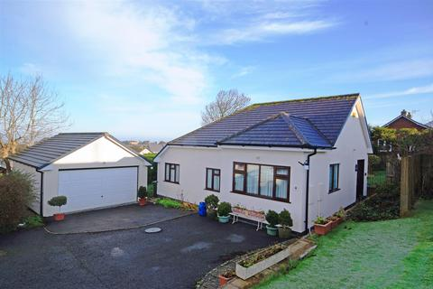 4 bedroom detached bungalow for sale - Admirals Court, Northam, Bideford