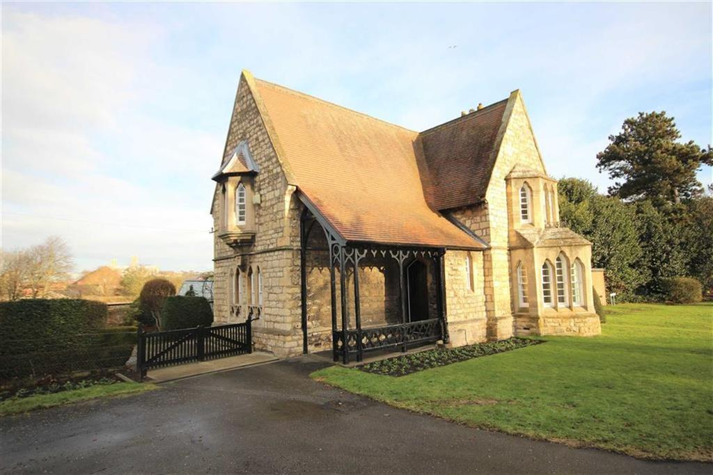 3 Bedrooms Detached House for sale in Canwick Road, Lincoln, Lincolnshire