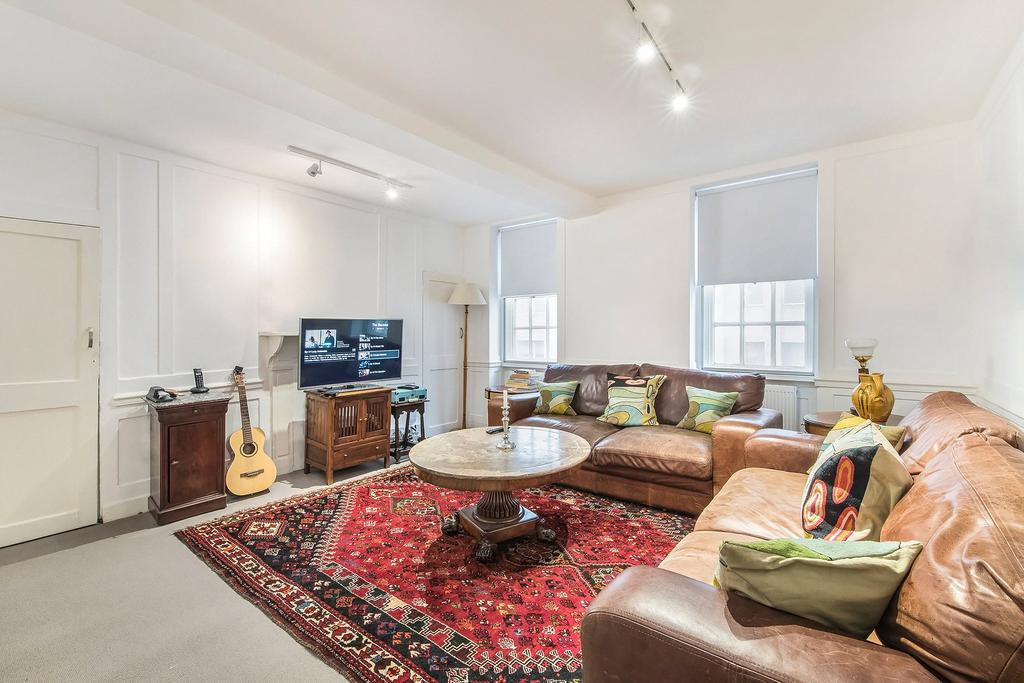 3 Bedrooms House for rent in Wardour Street, Soho, W1F
